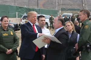 CBP_Tours_San_Diego_Border_Wall_Prototypes_with_POTUS_(25935924167).jpg